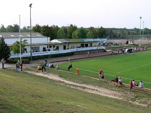 Uwe-Becker-Stadion (Worms)