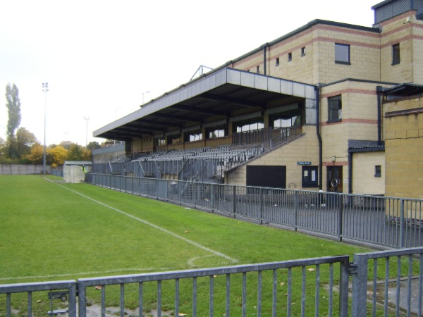 Champion Hill Stadium (London)