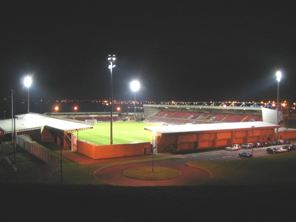 PTS Academy Stadium (Northampton, East Midlands)
